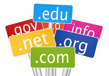 Niepotrzebnie wykupywane domeny internetowe.